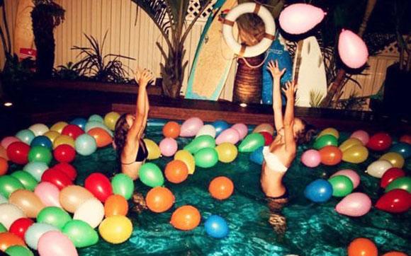 festa-piscina-bexigas-para-decorar36597